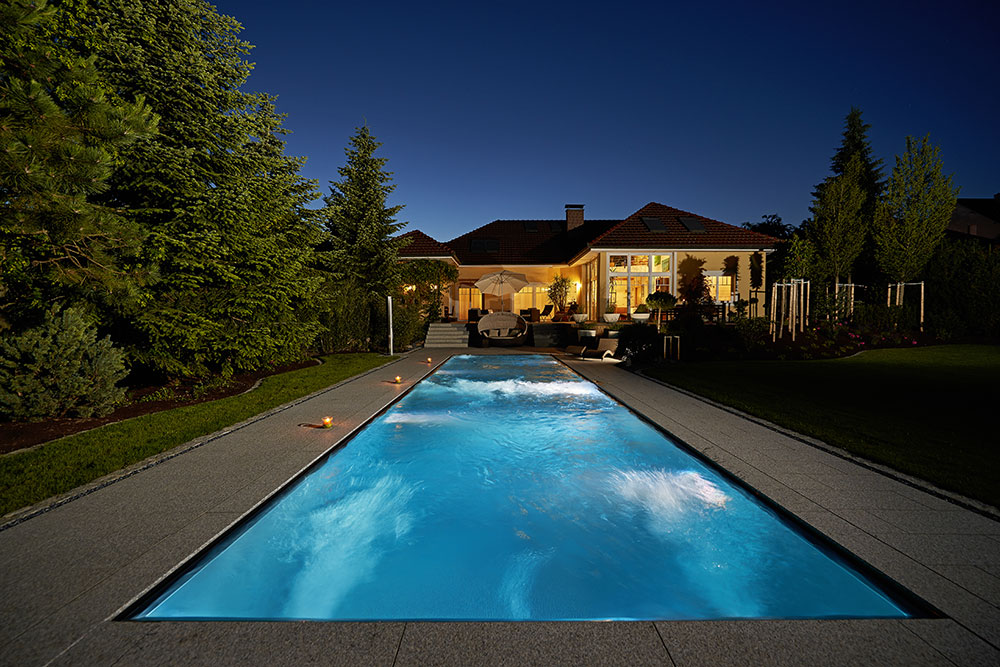 Pool-Beleuchtung mit energiesparenden LEDs